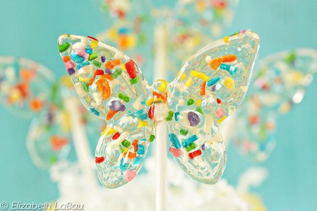 Những chiếc kẹo mút huyền thoại gợi nhắc về cả một trời tuổi thơ đầy thương nhớ