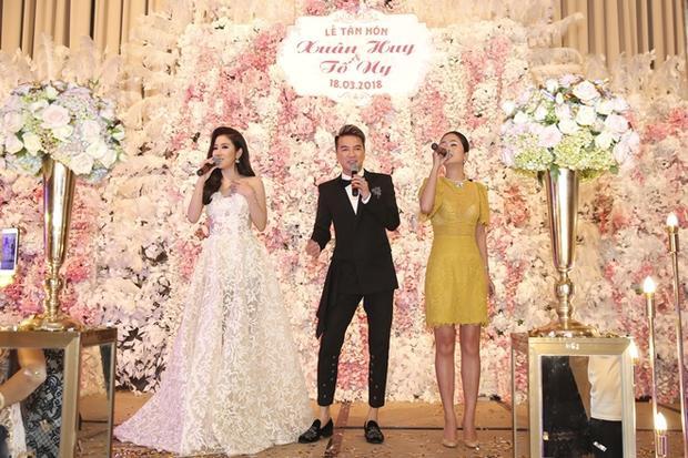 Tố My, Đàm Vĩnh Hưng và Thu Hằng biểu diễn ăn ý chúc mừng vợ chồng Tố Ny.