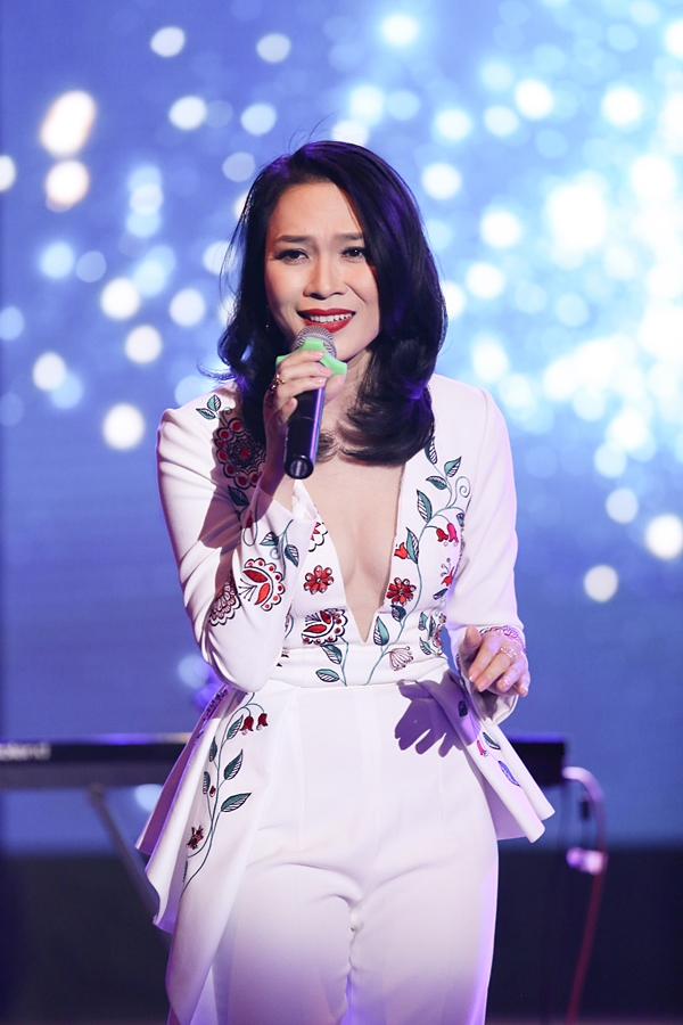 Sao Việt biểu diễn và loạt chuyện dở khóc dở cười, nằm mơ cũng không dám thấy