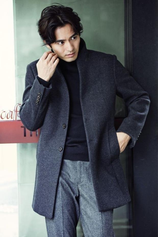 """Khán giả tin là Lee Jin Wook sẽ vượt qua cái bóng của Jang Hyuk để cầm trịch """"Voice 2"""""""