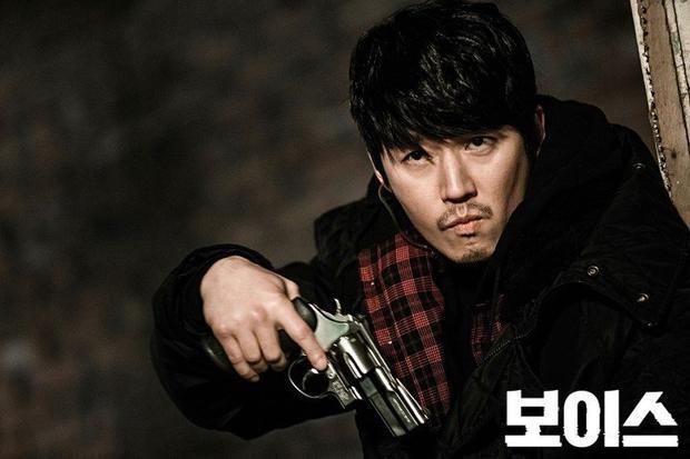 """Trong """"Voice"""", Jang Hyuk được khen ngợi là có màn trình diễn xuất thần"""