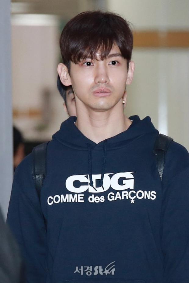 Fan đau lòng khi DBSK trở về Hàn với khuôn mặt tiều tụy