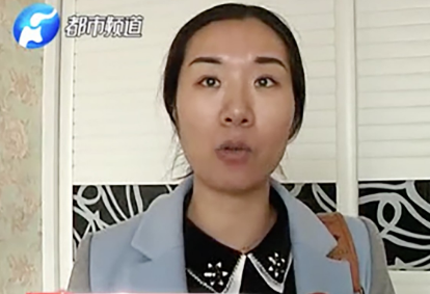 Nữ chủ nhà, người bị trộm khoắng sạch đồ sau 3 tháng đi vắng. Ảnh SCMP