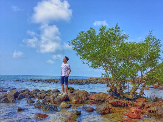Mới đây, chuyến khám phá đảo Nam Du (Kiên Giang) vào giữa tháng 3 vừa qua của cậu bạn Vũ Nguyễn Minh Huy (TP. HCM) được chia sẻ tại các diễn đàn du lịch trên mạng xã hội ngay lập tức khiến dân mạng thích thú.