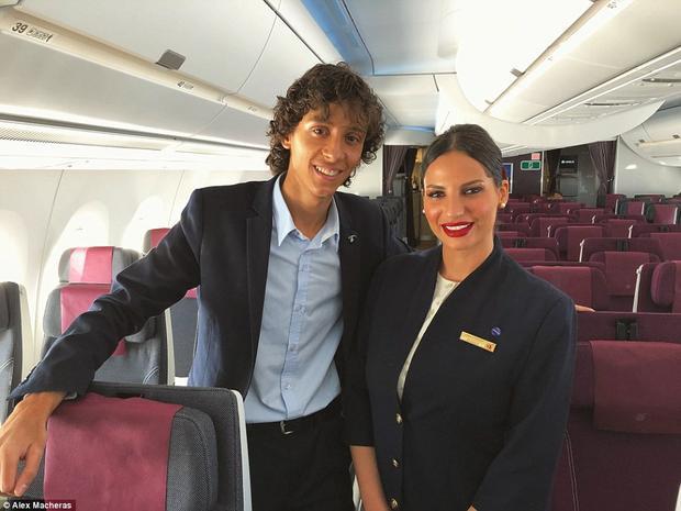 Máy bay A350-1000 được trang bị bộ lọc không khí cực kì hiện đại giúp làn da của khách hàng không bị mất nước.