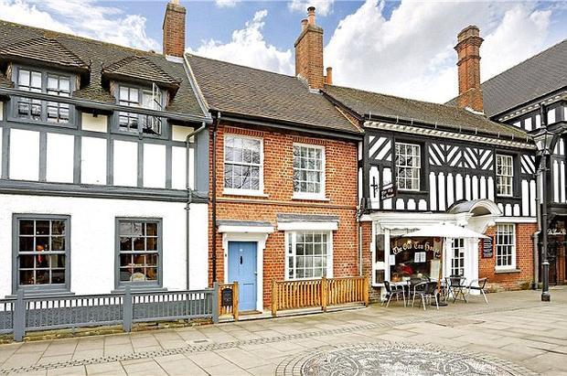Thị trấn Beaconsfield ở Buckinghamshire đứng thứ 3 trong danh sách này. Ảnh: Daily mail