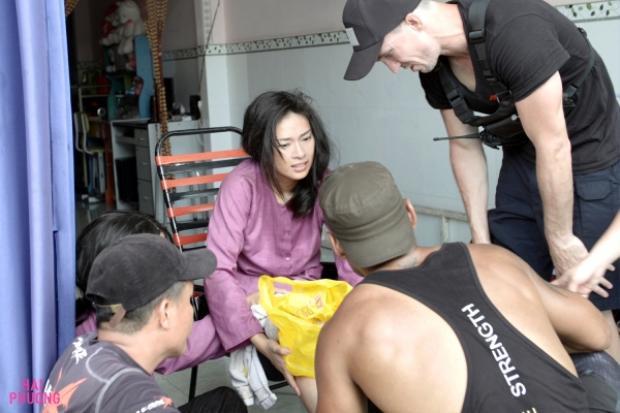 Hình ảnh Ngô Thanh Vân phải sau khi tai nạn ngoài ý muốn.