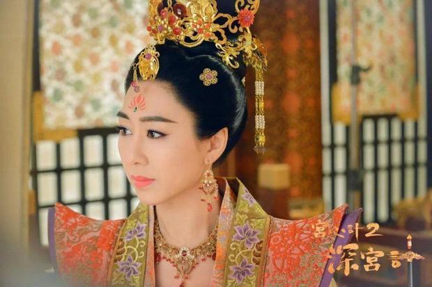 Cung tâm kế phần 2 có sự góp mặt của Thị Hậu TVB Hồ Định Hân, cô sẽ vào vai hoàng hậu của mẫu nghi thiên hạ.
