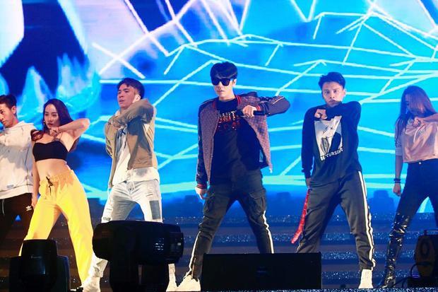 Noo lần đầu tung ca khúc mới tại Hong Kong, BTC bất ngờ trong buổi tổng duyệt