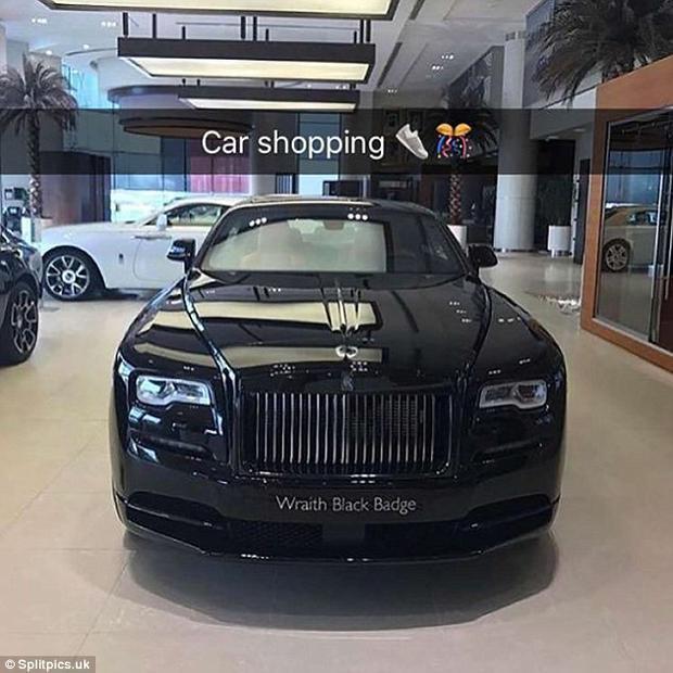 """Chọn được một loại xe thích nhất để mua là """"một thách thức"""" khi ngân sách không giới hạn và sự lựa chọn của bạn là bất tận. Ảnh: Splitpics.uk"""