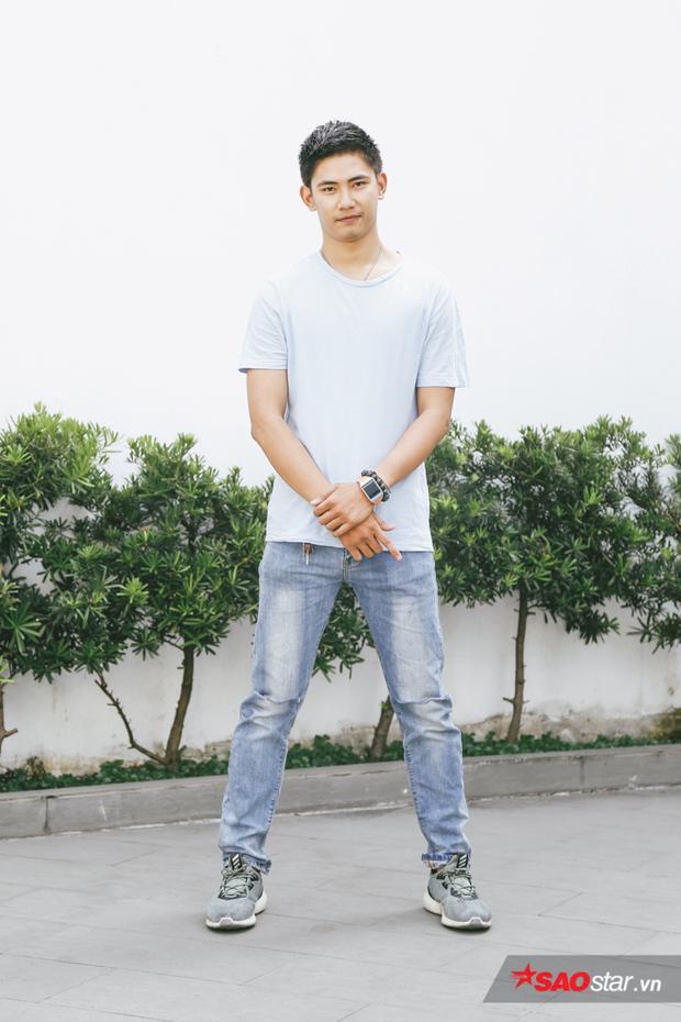 Nguyễn Ngọc Sơn cao 1m87. Trước khi đến với Siêu mẫu Việt Nam, anh từng tham gia các sàn diễn thời trang định kỳ. Thí sinh khá rụt rè ở vòng tuyển chọn do chưa có nhiều kinh nghiệm chụp ảnh, trình diễn.