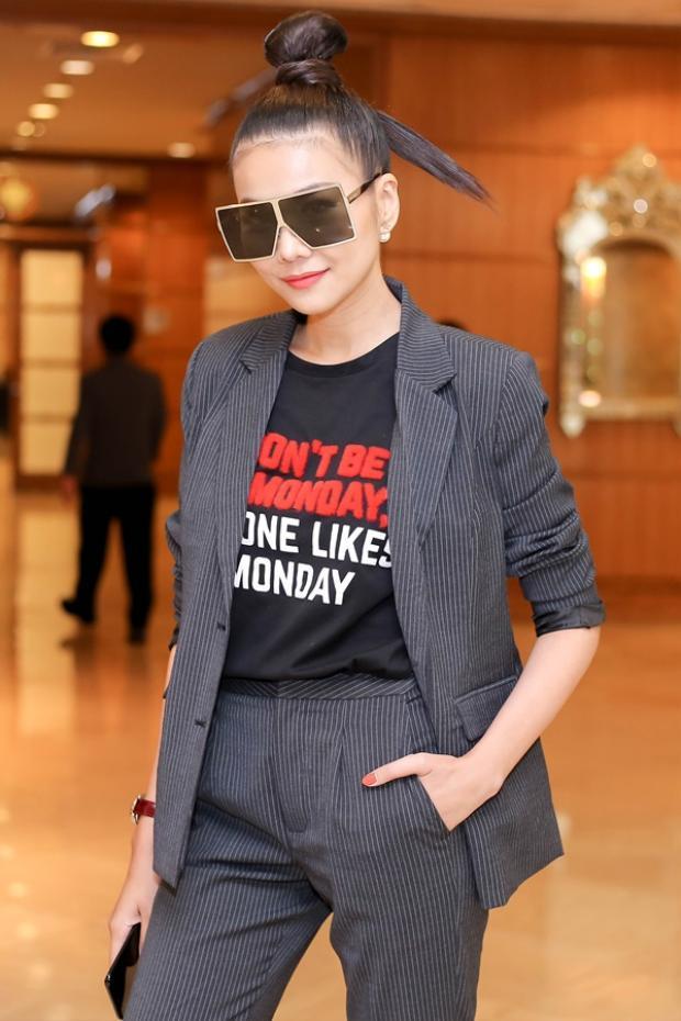 """Nữ diễn viên siêu """"ngầu"""" với phong cách menswear."""