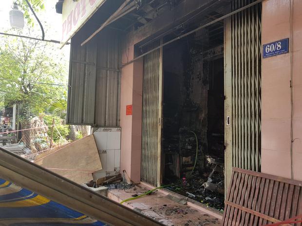 Cháy nhà lúc rạng sáng ở Sài Gòn, bé trai 2 tuổi tử vong