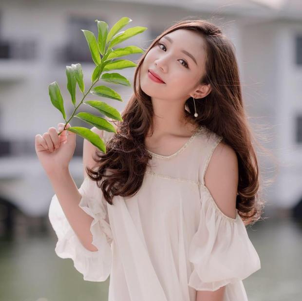 Trần Phương Mai, sinh ngày: 14/7/1997, chuyên ngành: Thanh Nhạc, cấp học: Đại học 2