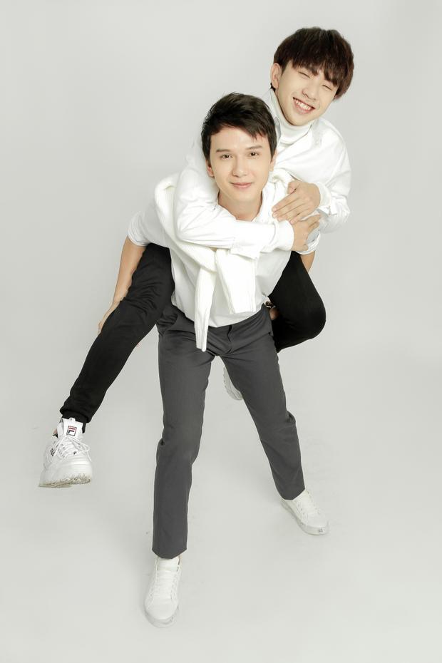 Tùng Maru và Khắc Minh trở thành soái ca học đường trong phim điện ảnh Thạch thảo