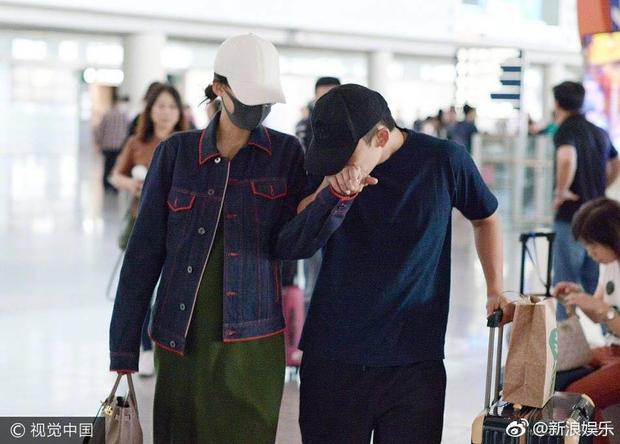 Hình ảnh paparazzi của cặp đôi Tôn Di - Đổng Tử Kiện.