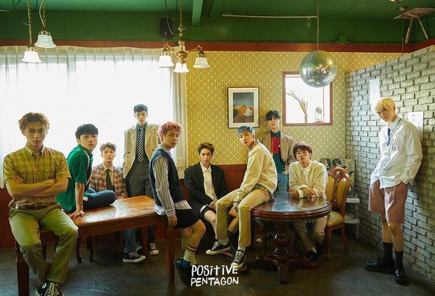 Boygroup nhà CUBE Pentagon cũng cho lên kệ mini album thứ 6 mang tên Positive cùng ngày.