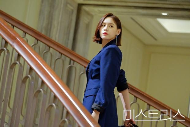 Phim truyền hình Hàn Quốc tháng 4: Sự quay trở lại của những tên tuổi đình đám