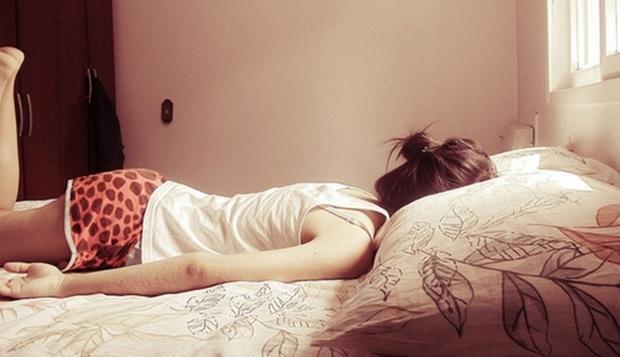 Năm lần bảy lượt ngủ quên, cô gái mất điểm trong mắt mẹ và bạn bè người thân - (Ảnh minh họa).