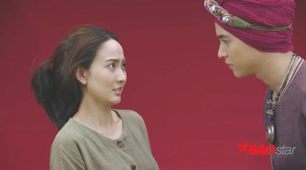 """Nữ cường Mang Mao ngày thường mạnh miệng, gan dạ là thế nhưng đứng trước thái giám lại """"quéo"""" lại như thế này."""