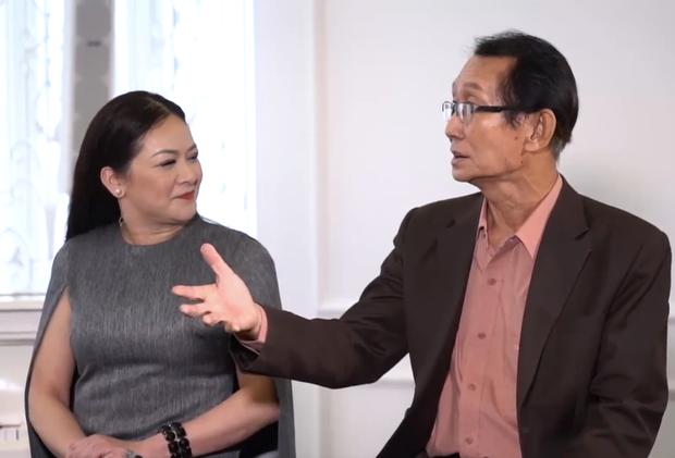 """Team Như Quỳnh còn có sự hỗ trợ của nhạc sĩ Đài Phương Trang - cây """"cổ thụ"""" của dòng nhạc bolero hứa hẹn giúp các thí sinh bứt phá."""