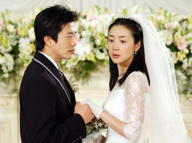"""Choi Ji Woo từng mặc váy cưới trong """"Nấc thang lên thiên đường"""""""