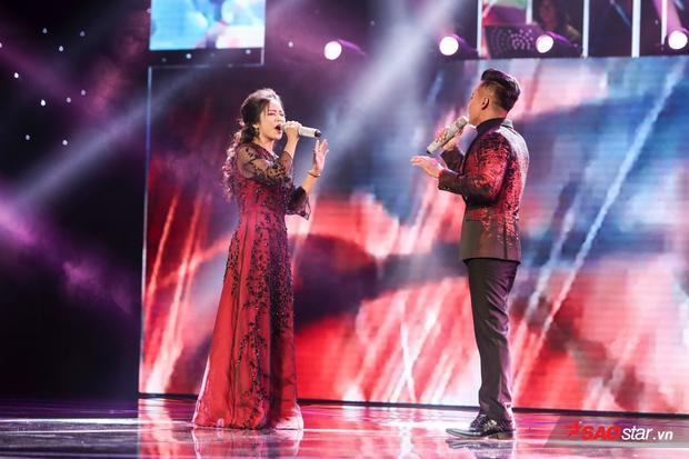 Màn trình diễn ăn ý của cả hai chinh phục toàn bộ khán giả có mặt tại sân khấu.