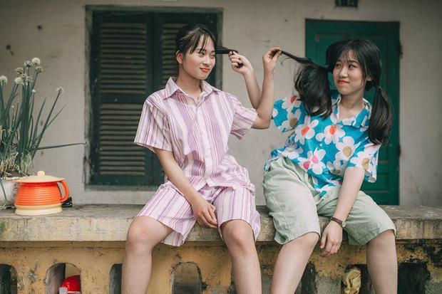 Bộ ảnh kỉ yếu của các bạn trẻ lớp 12A2 trường THPT Long Châu Sa.