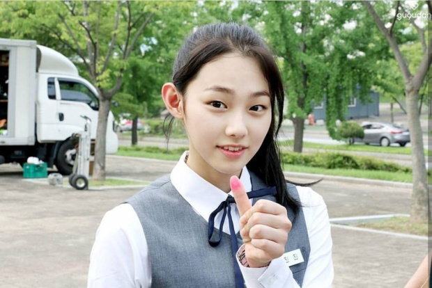 Xôn xao tâm thư vì không make-up nên bị kì thị của một nữ sinh Hàn Quốc