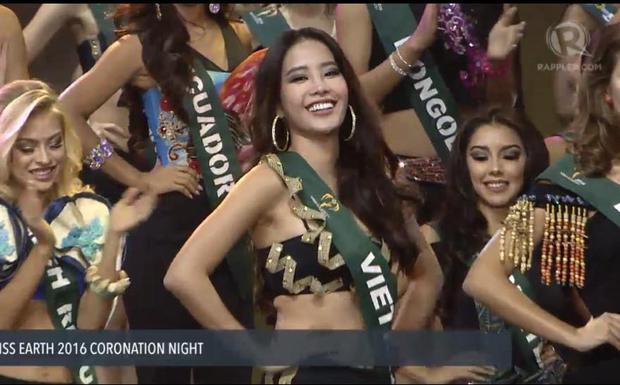 Nam Em từng tham gia và lọt vào Top 8 Miss Earth 2016.