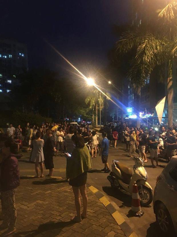 Cháy chung cư Parc Spring ở Sài Gòn, người dân tán loạn bỏ chạy