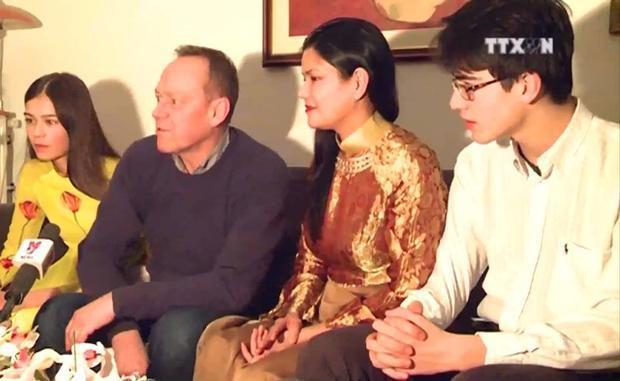 Trai đẹp lai Việt  Bỉ trên sóng truyền hình khiến clip xuất hiện từ 2017 này bỗng được tăng view vù vù!