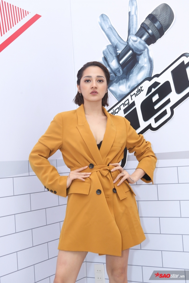 Bảo Anh vừa đảm nhận vai trò giám khảo vòng sơ tuyển The Voice 2018.