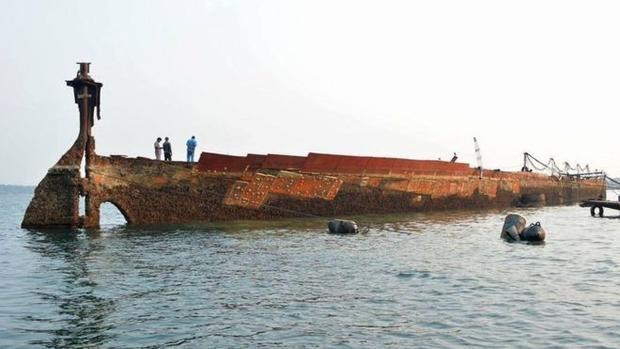 Con tàu SSSagaing nổi lên sau 75 năm. ẢnhSRI LANKA NAVY