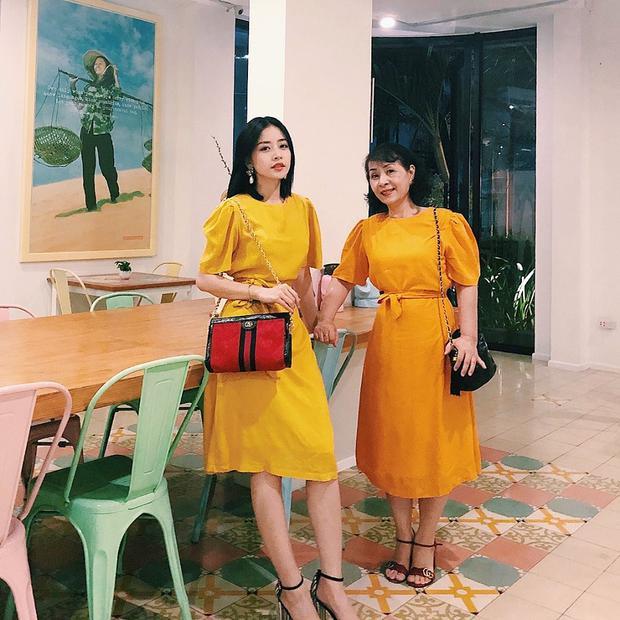 Chi Pu rất thích những chiếc váy mang hơi hướng vintage với kiểu dáng thanh lịch và đơn giản.