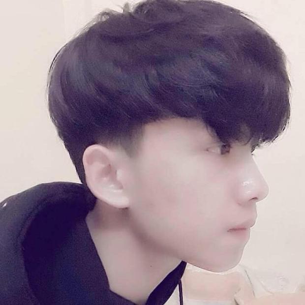 Đây hẳn là em trai thất lạc của ca sĩ Sơn Tùng MTP: Vừa hát hay lại có ngoại hình y chang