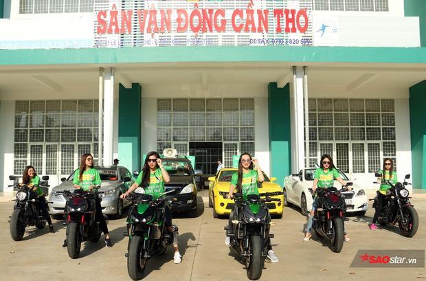 Ngày 15/3 tới, dàn chân dài sẽ cùng nhau cổ vũ cho CLB Cần Thơ gặp SLNA. Đội bóng xứ Nghệ có 2 tuyển thủ U23 Việt Nam là Văn Đức và Xuân Mạnh.