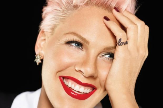 Pink là nghệ sĩ nổi tiếng với sự khác biệt, phá vỡ những quy chuẩn của xã hội và truyền cảm hứng cho cả thế giới thông qua cá tính âm nhạc mạnh mẽ.