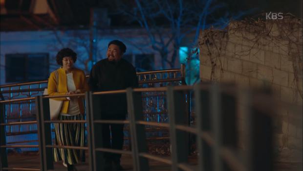 Vợ chồng đầu bếp Song Hyun Cheol hạnh phúc bên nhau.