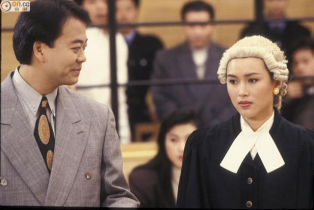 """Công tố viên Ben Dư Tại Xuân trong series """"Hồ sơ công lí"""" đưa Bobby thành sao hạng A"""