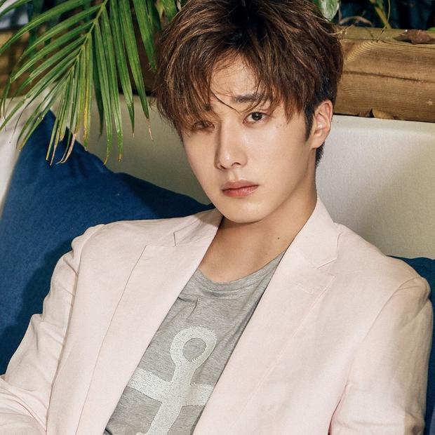 Jung Il Woo không đến dự buổi ra mắt phim của bạn thân.