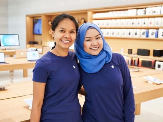 """Chính sách chiết khấu cho nhân viên và bảo hiểm sức khỏe là những """"đặc quyền"""" được nhân viên Apple nói đến nhiều nhất trên trang chia sẻ vê tuyển dụng, môi trường làm việc Glassdoor."""