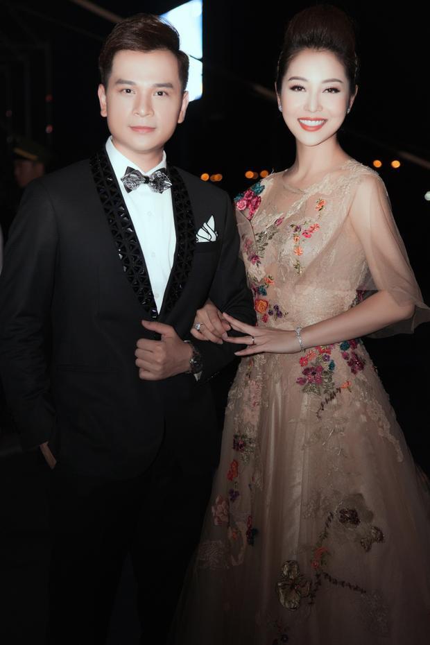 """Mc Danh Tùng và Hoa hậuJennifer Phạm lần đầu tiên """"song kiếm hợp bích""""."""