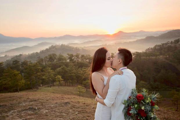Cặp đôi Tuyết và Ngân mới cùng nhau thực hiện bộ ảnh cưới tại Đà Lạt.