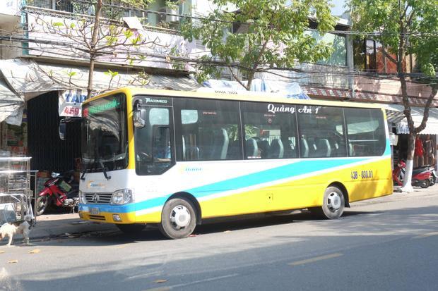 Tài xế xe buýt tuyến 07 học sinh bị đuổi xuống vì không có tiền thối.