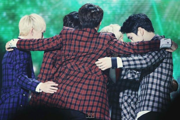 Đối với Jonghyun, SHINee là một gia đình.