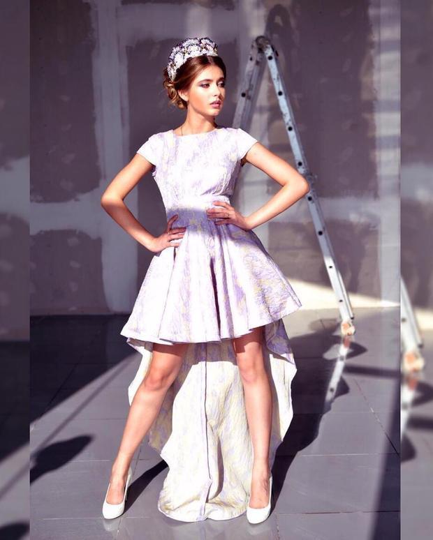 """Vẻ đẹp """"nghiêng nước nghiêng thành"""" của mỹ nhân xứ sở Bạch dương khiến nhiều người xốn xang. Đêm chung kết Hoa hậu Nga sẽ diễn ra vào tối 14/4 theo giờ địa phương tạitại sân khấu Village Luxury ở Barvikha với sự tham dự của 50 ứng viên."""