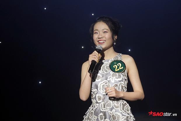 Nguyễn Thị Mỹ Hạnh khiến toàn bộ giám khảo và khán giả có mặt tại đêm thi xúc động với phần thi diễn thuyết về tình mẫu tử thiêng liêng.