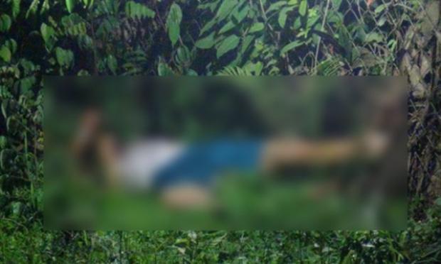 Người dân hoảng hốt phát hiện thi thể nạn nhân bị lìa đầu.
