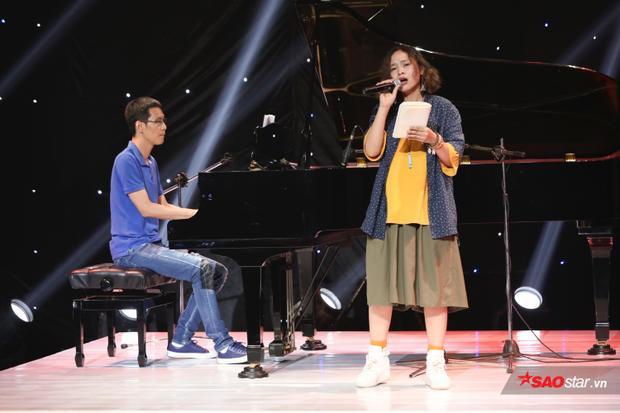 Khánh Ly - nàng thơ mới của HLV Lê Minh Sơn.